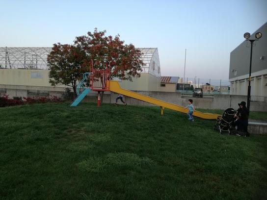 上篠路公園の小さい子滑り台